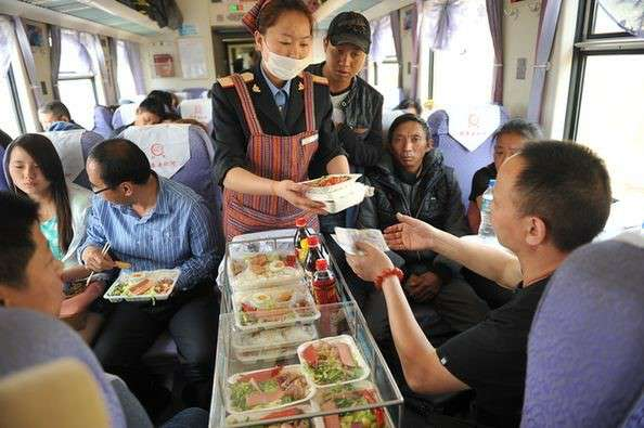 Meals on the Tibet train